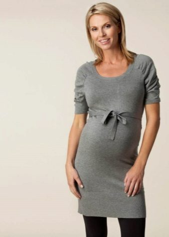 Warm gebreide jurk kort moederschap