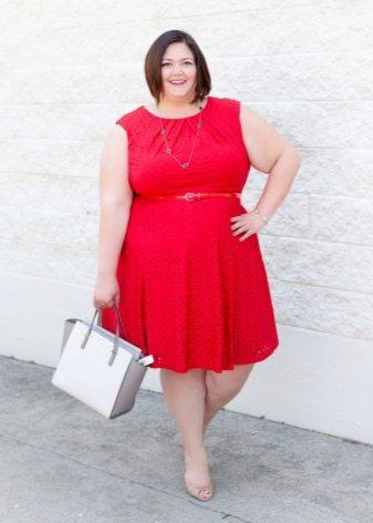 Rode mouwloze jurk voor vrouwen met obesitas met een A-vormig silhouet onder de riem in rood