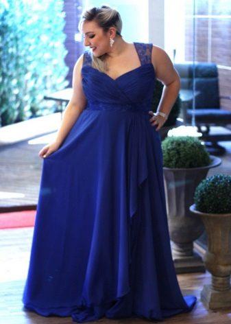 El vestit adequat per a dones obeses de baixa estatura