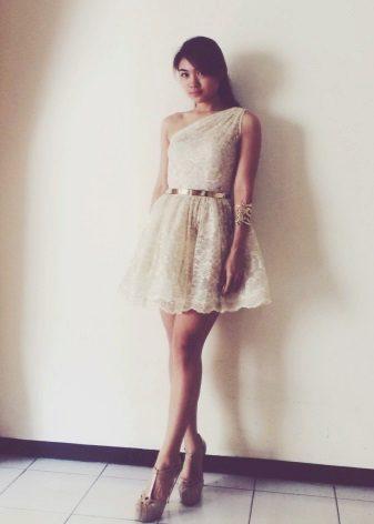 Milky Lace Short Dress