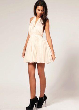 Pembe tonlu sütlü renkli uzun elbise