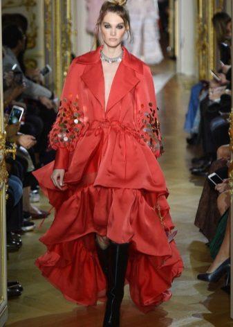 Ulyana Sergeenko ruhája