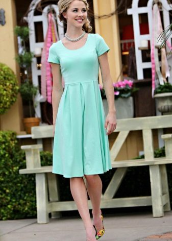 mint dress to the knee