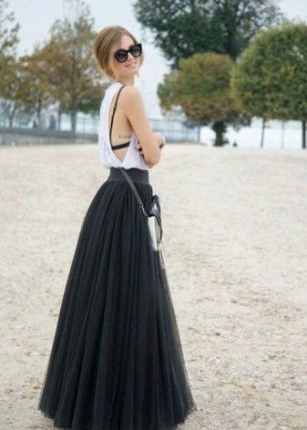 Pitkä mekko painaville tytöille