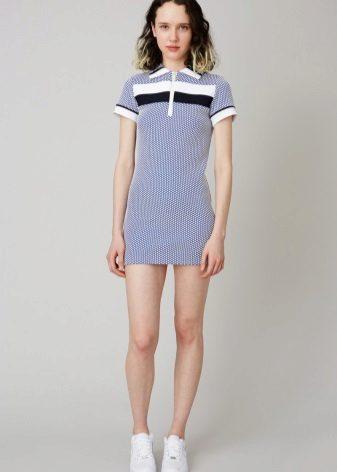 שמלת פולו קצרה מאוד