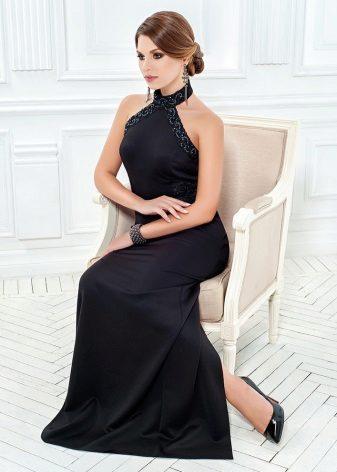 Musta mekko, jossa on amerikkalainen kädensija