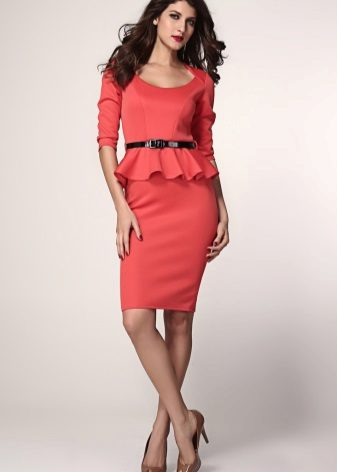 Red sheath dress with short sleeves