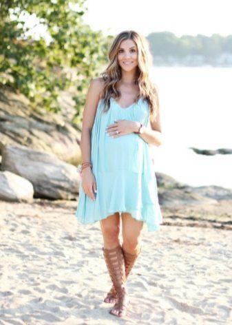 Blauwe jurk trapeze voor zwangere vrouwen