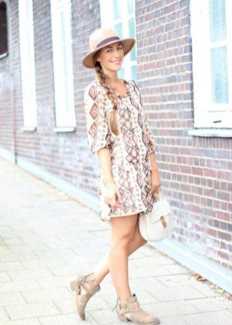 Klänning tunika med sandaler