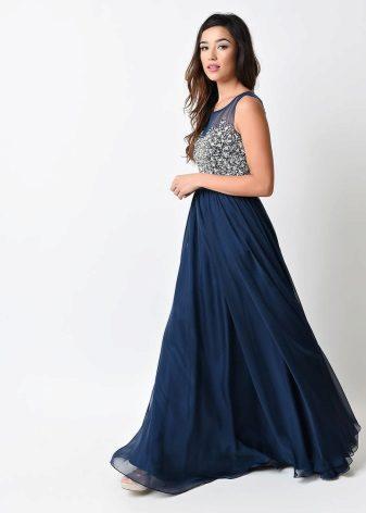 Lang flared kjole