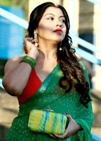 Embreagem para sari verde