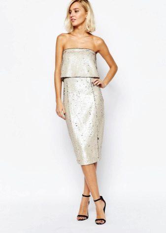 Светлосива рокля от лента средно дължина