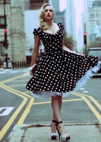 Black dress with white polka dots with a layer skirt sun