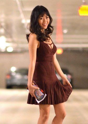 Bruine lage taille sack-linie jurk