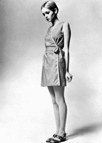 Vestido Twiggy no estilo dos anos 60