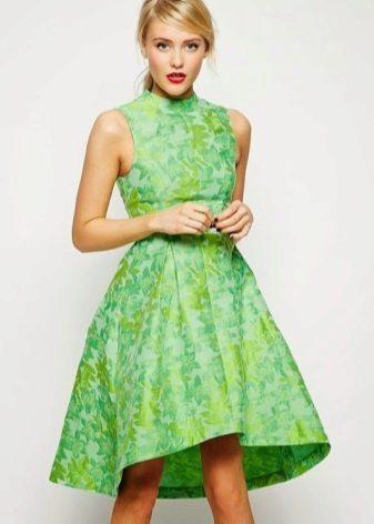 Vestido verde com uma estampa no estilo dos anos 60