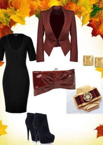 Acessórios marrom para vestido preto caso