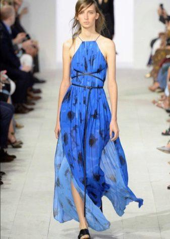 Módní modré šaty jaro-léto 2016