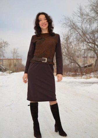 ruskea mekko alatunnisteesta