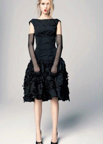 Vestido de formatura com luvas