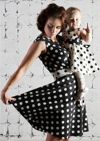 malha vestidos bolinhas