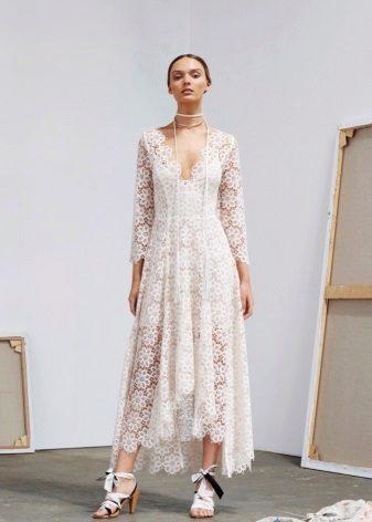 Beyaz dantel elbise boncuk işi