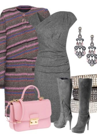 Pink accessories to gray dress