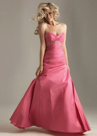 vestido rosa de tafetá