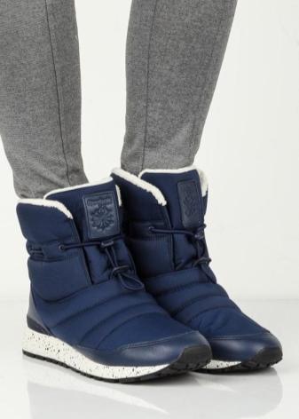 Botas Reebok (32 fotos): modelos de invierno EasyTone para