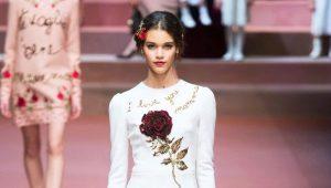 Vestido com rosas - a personificação da natureza feminina