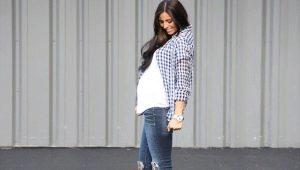 Roztrhané džíny pro těhotné ženy