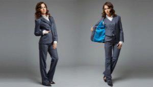 Naisten kolmiosainen puku