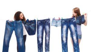 Hoe spijkerbroek te wassen?