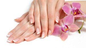 Handverjonging met mesotherapie