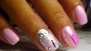 Hoe een vlinder op de nagels te tekenen?