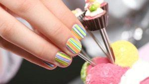 Ontwerp voor manicure voor meisjes tot 9-12 jaar