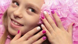 Idéias de design de manicure para adolescentes
