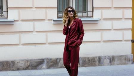 Pyjama-puku