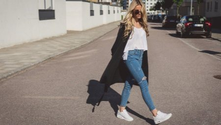 Como usar tênis com jeans?