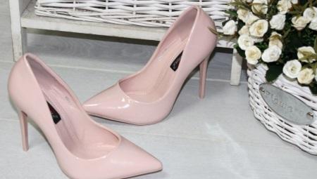 Sapatos em pó