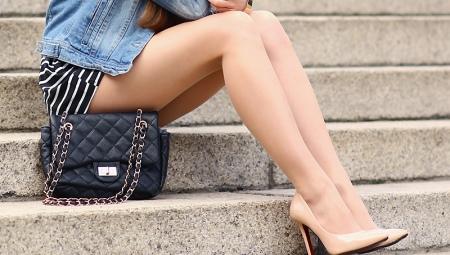 Sapatos de couro bege
