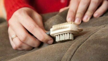 ¿Cómo limpiar un abrigo de piel de oveja en casa?