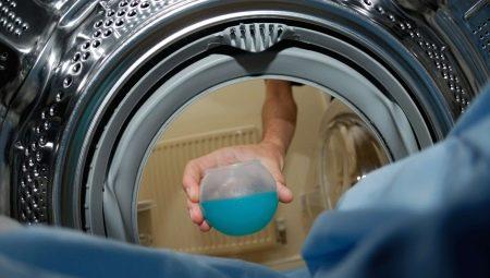 Membraamkleren wassen in een wasmachine