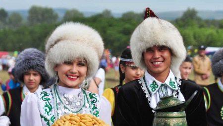 Tatar-kansallinen puku