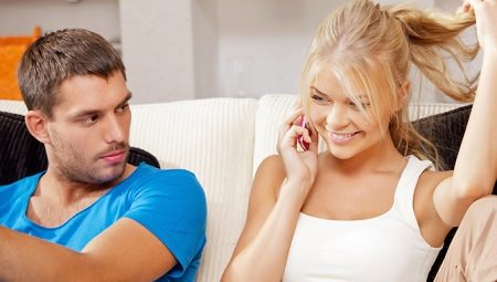 Jaloers man: oorzaken en tekenen van jaloezie, hoe het te vermijden?