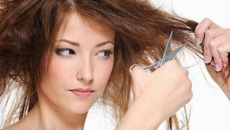Jak obnovit spálené vlasy?