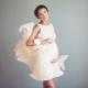 Korte zwangerschaps-trouwjurken