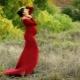 Червена рокля за бременни жени
