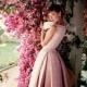 Audrey Hepburn vestidos e vestidos sofisticados neste estilo