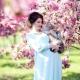 Välja en klänning för en fotografering gravid